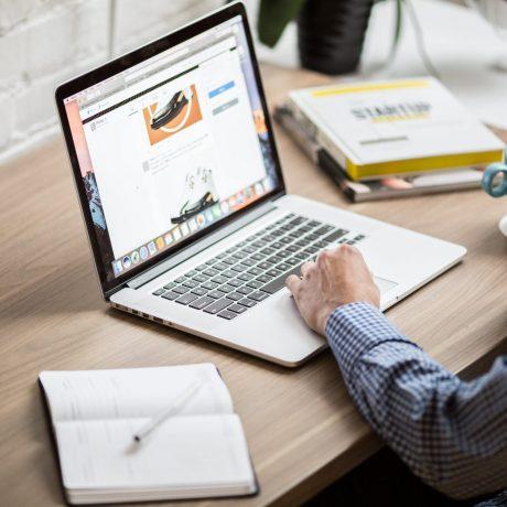 macbook-air-on-desk